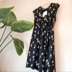 *New* Banana Republic floral wrap dress 8 petite